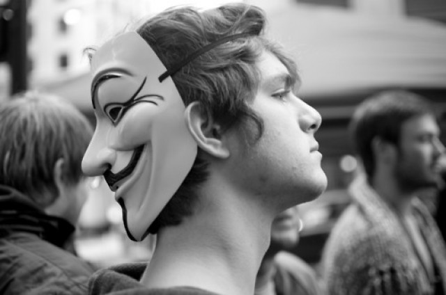 Guy+fawkes+mask+metal