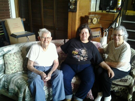 Aunt Imogene and Uncle Johnny 08.04.2013