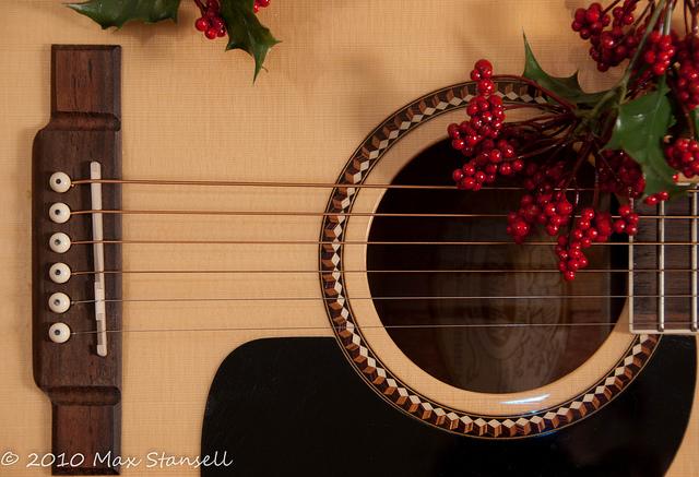 Christmas Guitar 5